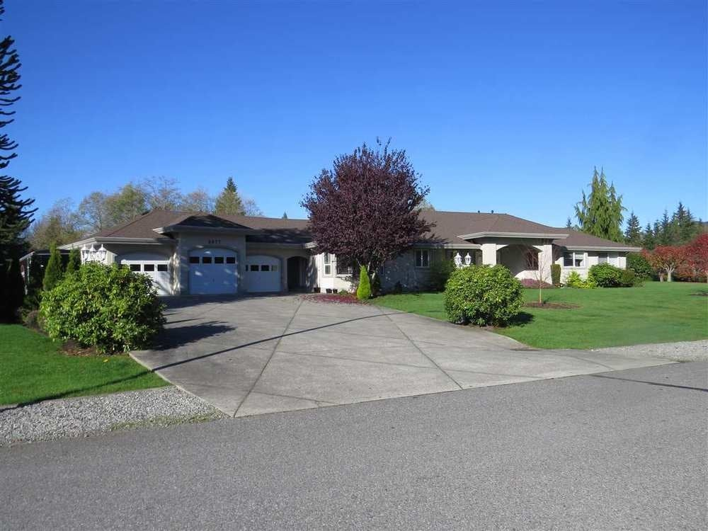 8877 Neale Drive - Mission BC House/Single Family for sale, 4 Bedrooms (R2014650) #1