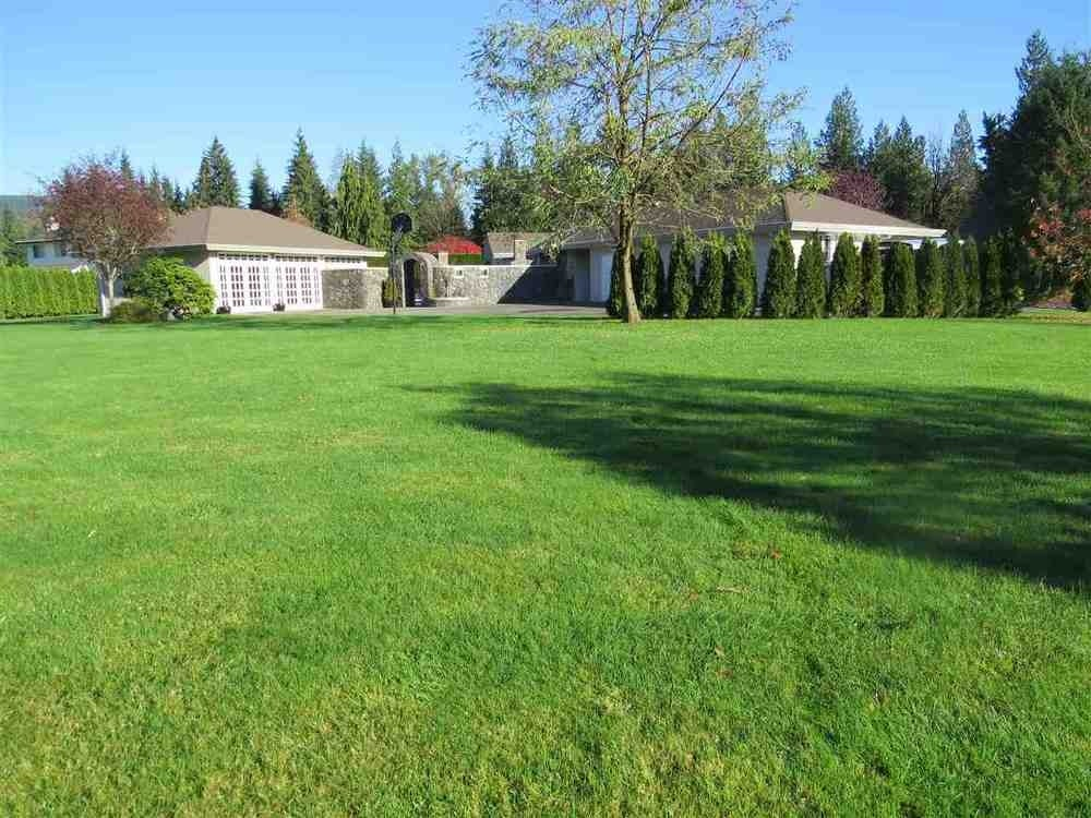 8877 Neale Drive - Mission BC House/Single Family for sale, 4 Bedrooms (R2014650) #2
