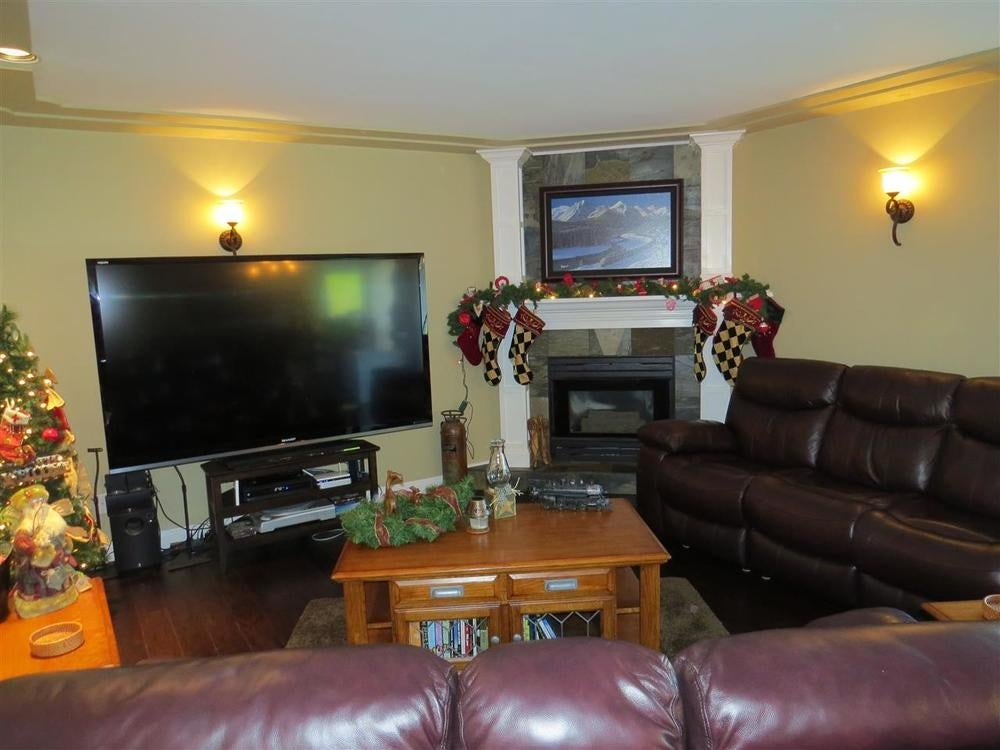 8877 Neale Drive - Mission BC House/Single Family for sale, 4 Bedrooms (R2014650) #10
