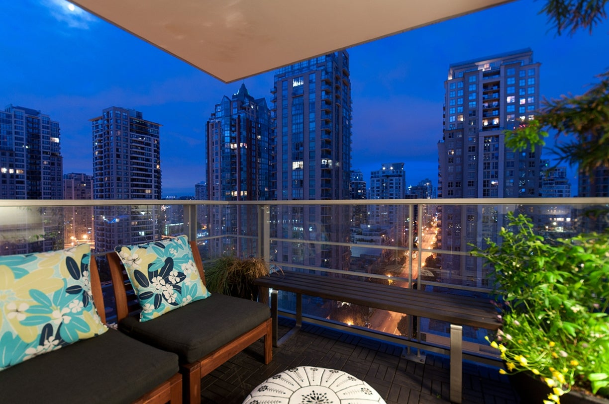 1205 - 535 Smithe Street  - Yaletown Apartment/Condo for sale, 2 Bedrooms (V955964) #10