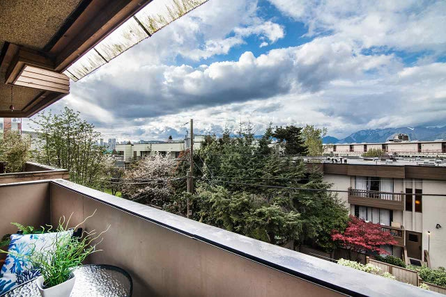 301 349 E 6TH AVENUE - Mount Pleasant VE Apartment/Condo for sale, 1 Bedroom (R2160207) #1