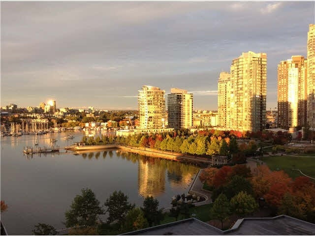 1101 1383 Marinaside Crescent - Yaletown Apartment/Condo for sale, 3 Bedrooms (V1033586) #1